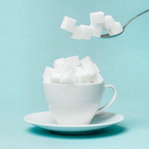 Врач-диетолог рассказывает о вреде сахара